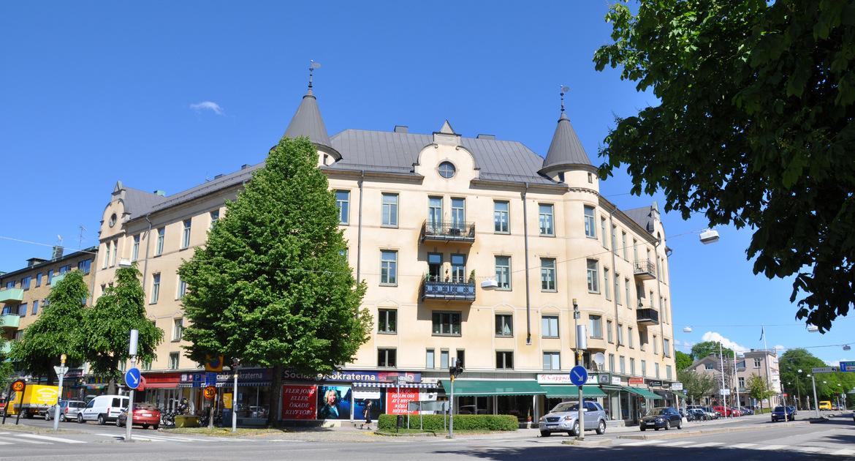 Kvarteret Hållstugan, hörnet Stortorget/Trädgårdsgatan